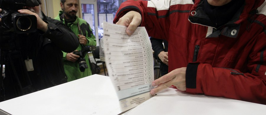 Litewski Związek Rolników i Zielonych (LVŻS) wygrał pierwszą turę wyborów parlamentarnych, które odbyły się w niedzielę. LVŻS uzyskał z listy partyjnej 22,56 proc. poparcia, tym samym w 141-osobowym Sejmie ma już zapewnionych 20 mandatów i jest gotowy utworzyć rząd.
