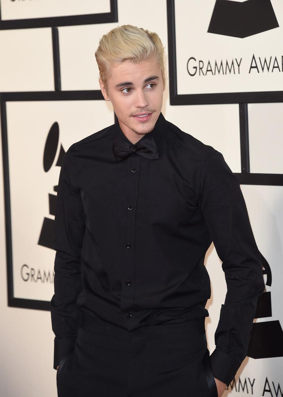 Justin Bieber zaskoczył grupę dzieci z jednej z londyńskich szkół, gdzie przyszedł, by zagrać z nimi w piłkę.
