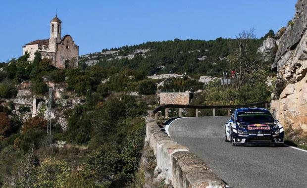 Francuz Sebastien Ogier (Volkswagen Polo WRC) wygrał Rajd Katalonii, 11. rundę mistrzostw świata i po raz czwarty z rzędu zapewnił sobie tytuł. Drugie miejsce wywalczył Hiszpan Dani Sordo, tracąc do zwycięzcy 15,6 s, a trzecie - Belg Thierry Neuville (obaj Hyundai I20 WRC) - strata 1.15,0.