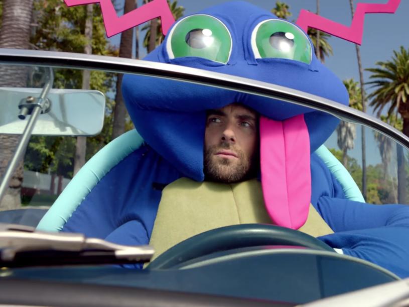 """Wygląda na to, że muzycy Maroon 5 również poddali się szaleństwu związanemu z grą """"Pokemon Go"""". W klipie do """"Don't Wanna Know"""" każdy z nich przebrany jest za pokemona."""