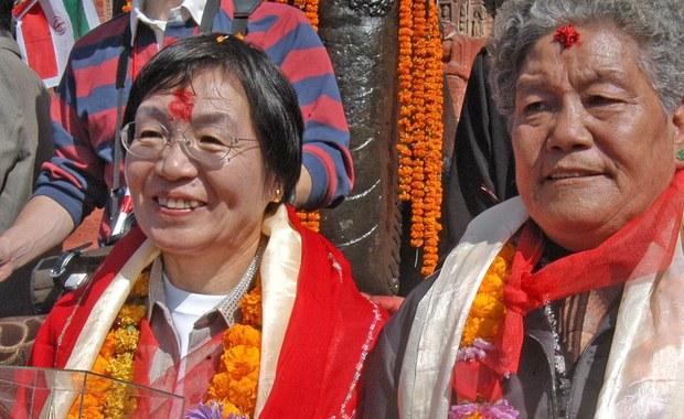 W wieku 77 lat zmarła w szpitalu w mieście Saitama na północ od Tokio japońska himalaistka i podróżniczka Junko Tabei, pierwsza zdobywczyni Mount Everest i Korony Ziemi. Przyczyną zgonu był rak otrzewnej - poinformowała agencja Kyodo.