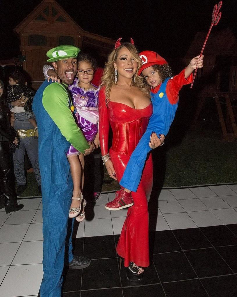 Mariah Carey na długo przed Halloween pokazała przygotowany strój. Fanom wokalistki jej przebranie przypadło do gustu.