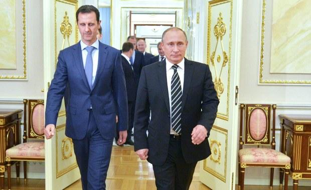 Rosjanie w tajemnicy przewieźli i ukryli na Krymie broń chemiczną syryjskiego dyktatora Baszara el-Asada - twierdzi grupa aktywistów InformNapalm, śledząca ruch statków pomiędzy Syrią i Rosją.