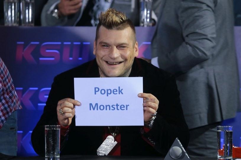 Prawdopodobnie 22 listopada Popek zagości na kanapie u Kuby Wojewódzkiego. Raper zdradził również, ile zarobi po pojawieniu się w programie.