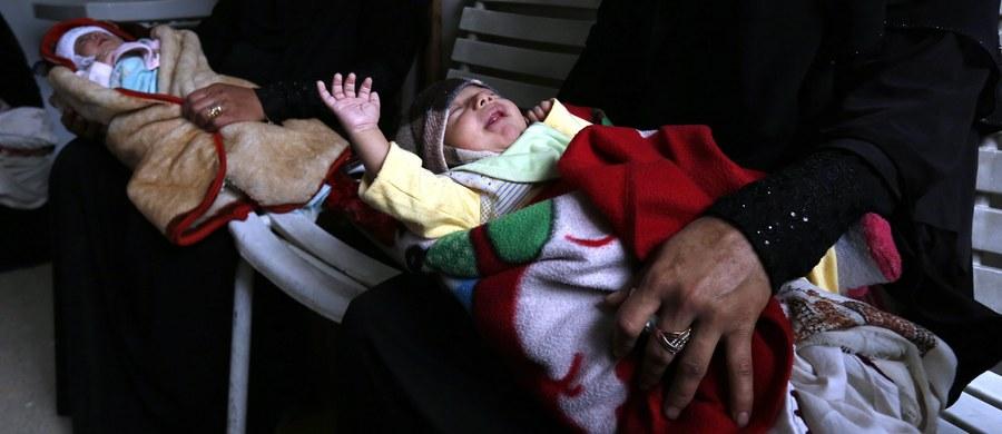 """26,5 miliona dzieci w Afryce Wschodniej i Południowej potrzebuje natychmiastowej pomocy humanitarnej. Ponad milion z nich cierpi z powodu niedożywienia. Bez podjęcia działań, groźba śmierci głodowej wkrótce stanie się rzeczywistością. Dlatego UNICEF Polska rozpoczyna kampanię """"Uratuj dziecko w Afryce"""". Jej celem jest zebranie środków na ratowanie zdrowia i życia głodujących dzieci."""