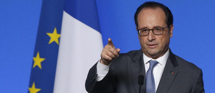 """Francuskie aktorki Catherine Deneuve i Juliette Binoche opublikowały wraz z innymi przedstawicielami świata kultury, biznesu czy sportu list otwarty """"Stop okładaniu Hollande'a"""", stając tym samym w obronie niepopularnego socjalistycznego prezydenta. """"Od samego początku Francois Hollande był niesłusznie osądzany zarówno przez tych po prawej stronie, jak i po lewej"""" - napisali autorzy apelu opublikowanego w gazecie """"Journal du dimanche""""."""