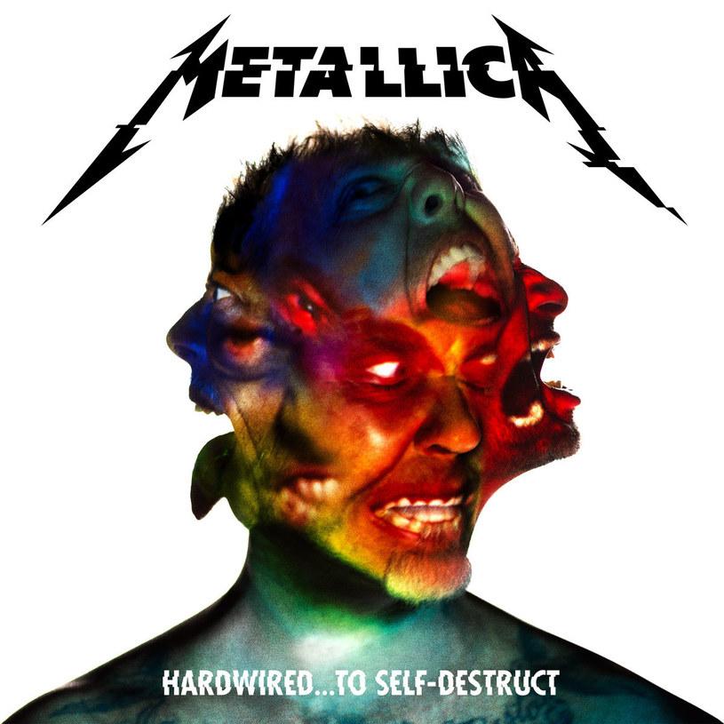 """Usłyszałem ostatnio w polskiej telewizji takie oto mądre zdanie o dwupłytowym albumie """"Hardwired... To Self-Destruct"""" Metalliki: """"Dobrze, że jest tu tyle utworów, zawsze można sobie wybrać te najlepsze"""". W takim układzie, najlepsze musiałyby być chyba składanki. Sęk w tym, że wobec tak postawionej sprawy, nie ma to już nic wspólnego z uświęconą tradycją metalu."""