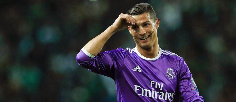 """Portugalczyk Cristiano Ronaldo, Argentyńczyk Lionel Messi i Francuz Antoine Griezmann są nominowani do nagrody Międzynarodowej Federacji Piłki Nożnej dla zawodnika roku. Zwycięzca plebiscytu """"The Best FIFA Football Awards"""" zostanie ogłoszony 9 stycznia w Zurychu."""