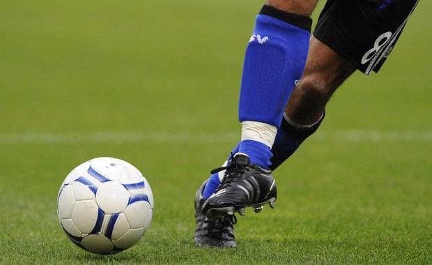 Nawet 55 klubów piłkarskich może mieć związek z aferą pedofilską, która wyszła na jaw w ostatnim czasie w Wielkiej Brytanii. Na policję zgłaszają się kolejni poszkodowani.