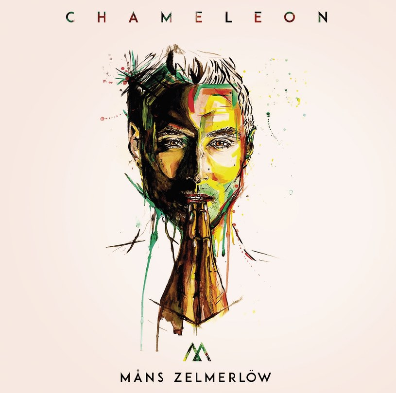 """Tytuł najnowszej - siódmej już! - płyty szwedzkiego zwycięzcy Eurowizji najlepiej oddaje jej charakter. Måns Zelmerlöw wtapia się w tło i usiłuje scalić z bardzo ogólnym i niewyraźnym obrazkiem współczesnej muzyki klubowo-popowo-radiowej. Chociaż """"Chameleonowi"""" brakuje wyrazistości i pazura, to pięknego Szweda o czarującym miękkim głosie i tak dobrze się słucha, a dwa wypromowane już single pomogą mu utrzymać pozycję w środowisku na kolejne miesiące."""