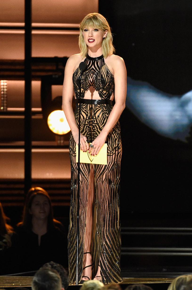"""To będzie przebój! Taylor Swift ujawniła, że nagrała duet z Zaynem Malikiem do filmu """"Ciemniejsza strona Greya""""."""