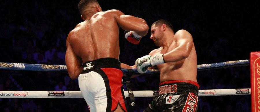 Anthony Joshua nie miał większych problemów ze znokautowaniem Erika Moliny w głównej walce gali w Manchesterze. Brytyjczyk obronił tym samym po raz drugi tytuł mistrza świata IBF wagi ciężkiej.