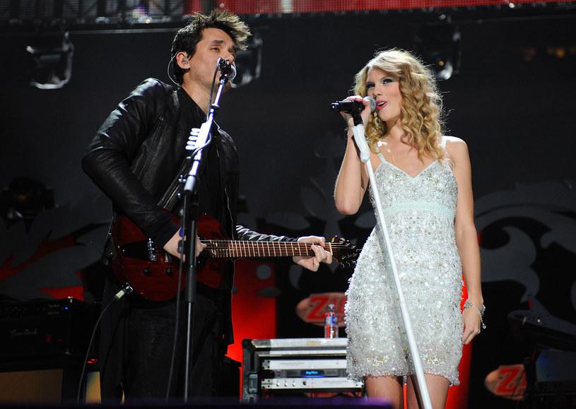 """""""Wtorek, 13 grudnia, to być może najgorszy dzień w roku"""" - napisał na Twitterze John Mayer, sugerując tym samym, że stało się tak za sprawą urodzin Taylor Swift."""