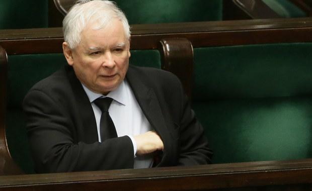 Sejmowa Komisja Odpowiedzialności Konstytucyjnej opowiedziała się za umorzeniem postępowania dotyczącego pociągnięcia do odpowiedzialności przed Trybunałem Stanu prezesa PiS Jarosława Kaczyńskiego. Informację przekazała szefowa komisji Iwona Arent (PiS).