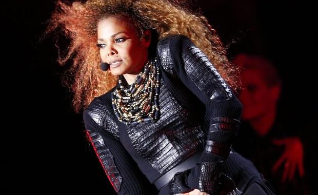 Według lekarza nieżyjącego już Michaela Jacksona, Janet Jackson miała córkę ze swoim byłym mężem Jamesem DeBargem. Narodziny dziecka były utrzymywane w tajemnicy, jak również fakt, że dziewczynka została oddana do adopcji – pisze o tym portal Radar Online.