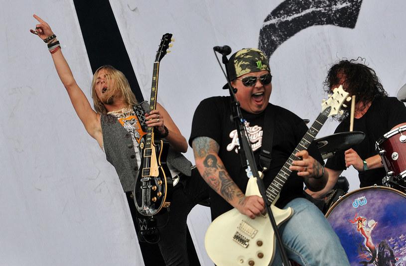 Z przyczyn osobistych amerykańska hardrockowa grupa Black Stone Cherry odwołała trasę po Europie. To oznacza, że zespół nie pojawi się również w Polsce.