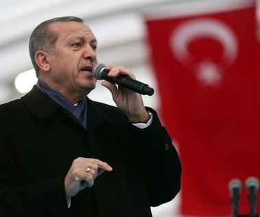 Prasa: Zabójca rosyjskiego ambasadora ochraniał Erdogana