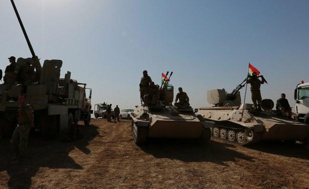 Irackie siły wojskowe i policyjne odbiły z rąk Państwa Islamskiego ostatnie bastiony dżihadystów we wschodnim Mosulu, dzięki czemu przejęły pełną kontrolę nad tą częścią miasta - poinformowało ministerstwo obrony Iraku.