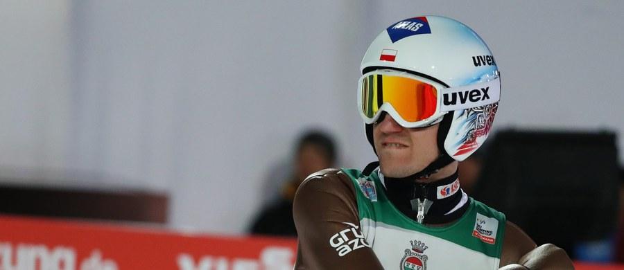 Sześciu Polaków wystąpi dziś w drugim konkursie Turnieju Czterech Skoczni - w niemieckim Garmisch-Partenkirchen. Wśród nich będzie Kamil Stoch, który po inauguracyjnych zawodach w Oberstdorfie zajmuje drugie miejsce w klasyfikacji prestiżowej imprezy.