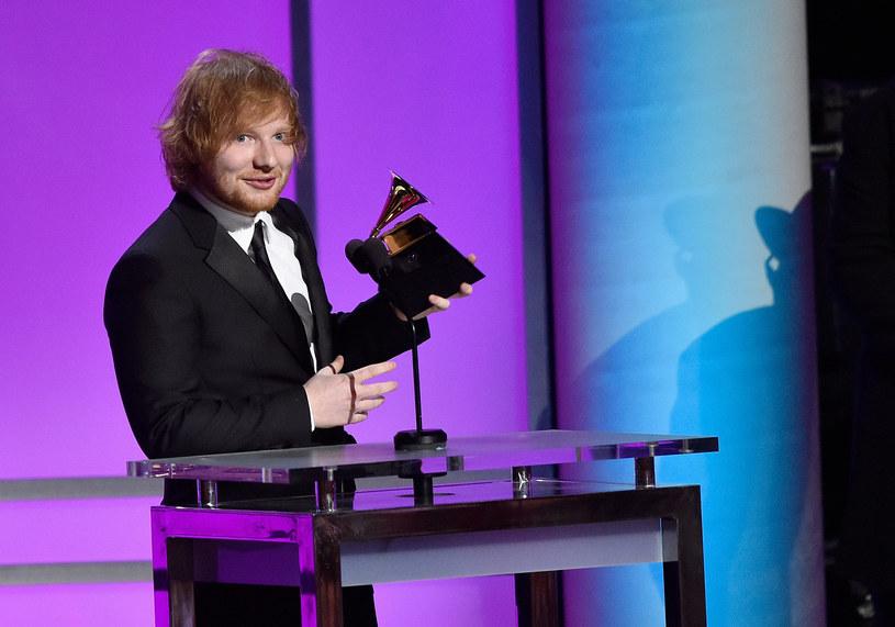 W pierwszy dzień 2017 roku Ed Sheeran ogłosił, kiedy zaprezentuje nową muzykę.