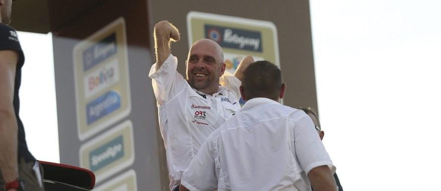 Niepełnosprawny Philippe Croizon zdecydował się na wyjątkowe wyzwanie. Francuz jedzie w Rajdzie Dakar, który daje też mocno w kość w pełni zdrowym zawodnikom. Wczoraj Croizon ruszył do rywalizacji na pierwszym etapie tego najsłynniejszego rajdu świata.