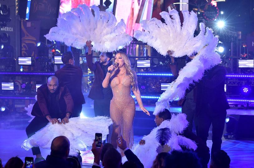 Nie milkną echa sylwestrowej wpadki Mariah Carey. Tym razem głos zabrała menedżerka artystki, Stella Bulchnikov.