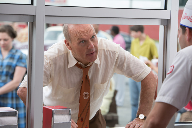 """3 lutego na ekrany polskich kin trafi """"McImperium"""" z Michaelem Keatonem w roli Raya Kroca, twórcy fastfoodowego imperium McDonald's."""
