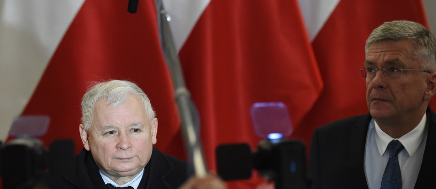 Prezes Prawa i Sprawiedliwości Jarosław Kaczyński przyznał, że liczy na obecność przedstawiciela Platformy Obywatelskiej na spotkaniu liderów ugrupowań sejmowych o godz.14. Bardzo bym sobie tego życzył, bo wtedy można by ostatecznie się porozumieć - stwierdził.