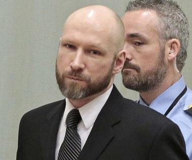 Breivik skarży się na izolację i plastikowe sztućce. Rusza apelacja