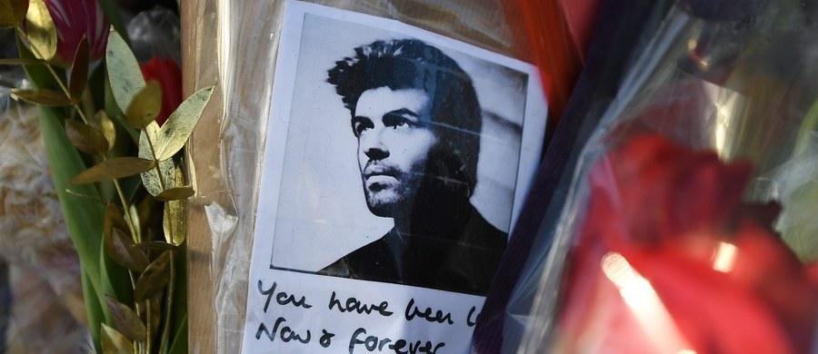 Brytyjskie media starają się odtworzyć ostatnie tygodnie z życia George'a Michaela. Dziś donoszą o tajemniczej wizycie w Austrii, na miesiąc przed śmiercią.