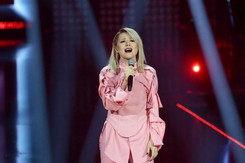 """Finalistka siódmej edycji """"The Voice of Poland"""", Anna Karwan, dołączyła do obsady serialu """"Barwy Szczęścia"""" emitowanego na antenie TVP 2."""