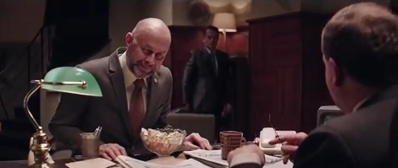 W sieci pojawił się właśnie kolejny, trzeci już odcinek miniserialu politycznego, autorstwa Roberta Górskiego, lidera Kabaretu Moralnego Niepokoju. Bohaterem odcinka jest tym razem Minister Wojny.