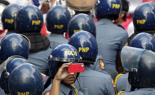 Koreański biznesmen, którego rodzina przesłała okup rzekomym porywaczom, został zabity przez filipińską policję tego samego dnia, w którym zaginął - informuje ministerstwo spraw zagranicznych Korei Południowej.