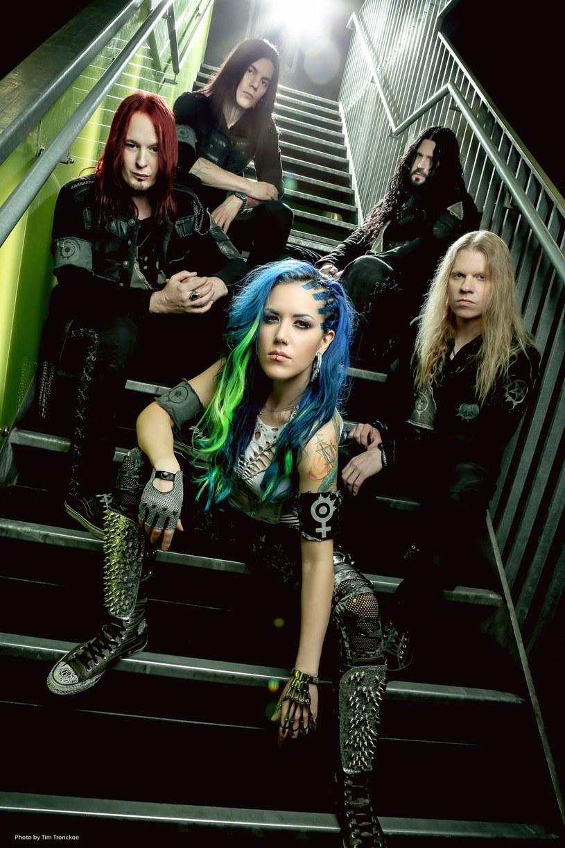 """""""As The Stages Burn!"""" - to tytuł nowego materiału DVD szwedzkiej grupy Arch Enemy."""