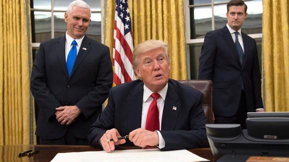 Trump rozpoczął urzędowanie. Jest już pierwszy dekret