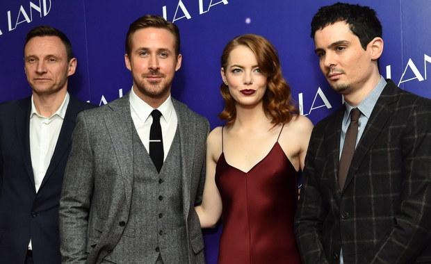 """Twórcy musicalu """"La La Land"""" mają 14 nominacji do Oscarów - m.in. w kategoriach najlepszy film, najlepsi aktorzy dla Emmy Stone i Ryana Goslinga, za zdjęcia, muzykę, kostiumy i scenariusz, a także w jednej kategorii nominowane są aż dwie piosenki z tego filmu. Tym samym jest pierwszym filmem w historii, który dorównał rekordowi nominacji należącemu do """"Titanica"""" Jamesa Camerona. Cieszą się też twórcy filmów """"Moonlight"""" i """"Lion. Droga do domu"""". Niestety Polacy tym razem bez nominacji."""