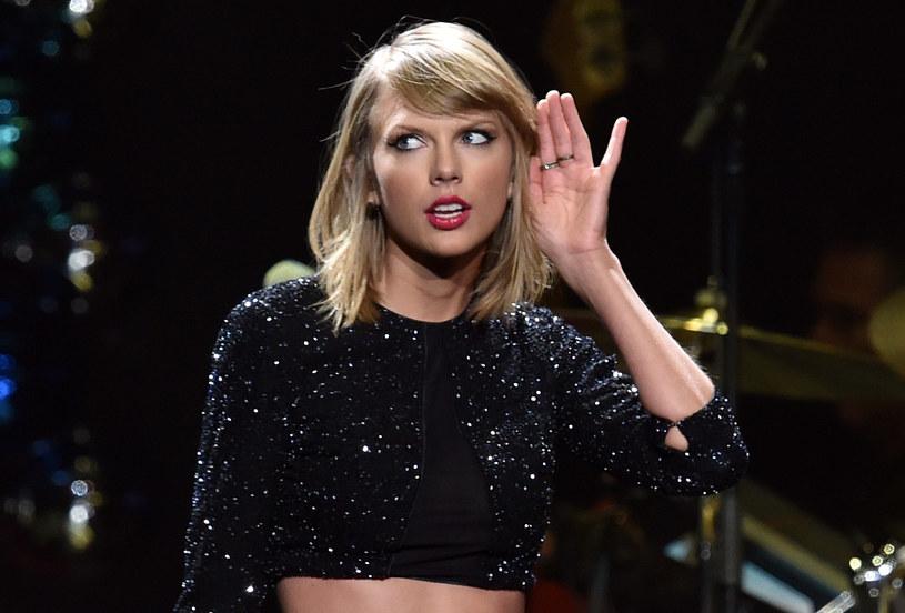 """Do sieci trafił teledysk do piosenki Taylor Swift i Zayna Malika """"I Don't Wanna Live Forever"""". Utwór promuje film """"Ciemniejsza strona Greya""""."""