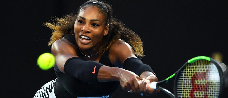 Amerykanka Serena Williams wygrała ze swoją starszą siostrą, Venus 6:4, 6:4 i po raz siódmy w karierze zwyciężyła w Australian Open. Williams tym samym pobiła rekord Steffi Graf w liczbie wielkoszlemowych zwycięstw. Do pobicia pozostał już tylko rekord wszech czasów należący do Margaret Court.