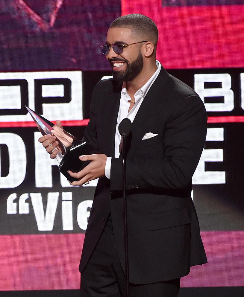 Drake w jednym z wywiadów przyznał, że zastanawia się nad powrotem do aktorstwa. Kanadyjczyk myśli również o autorskim programie.