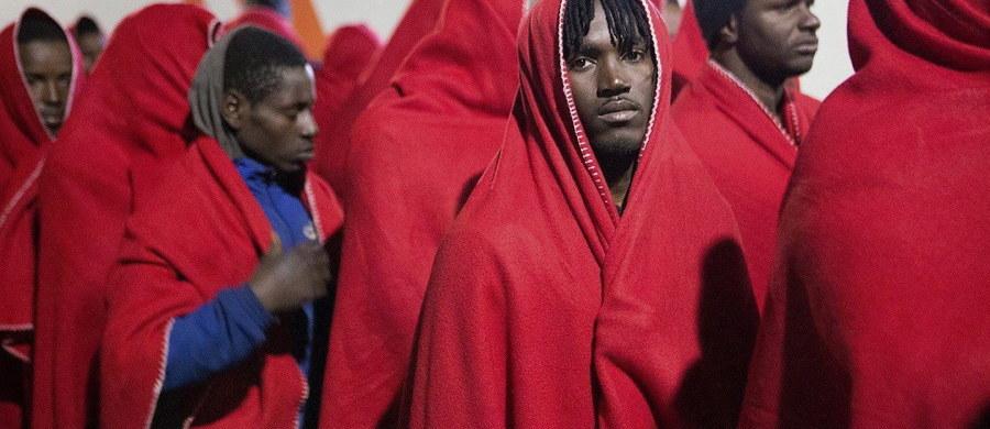 Unijni przywódcy na nieformalnym szczycie przyjęli plan, który ma ograniczyć rosnącą migrację na szlaku śródziemnomorskim z Afryki. Priorytetem ma być współpraca z libijską strażą graniczną oraz walka z przemytnikami.