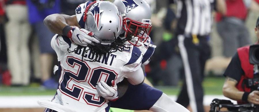 Po raz pierwszy w historii do wyłonienia zwycięzcy w Super Bowl potrzebna była dogrywka. W niedzielnym finale ligi futbolu amerykańskiego NFL w Houston New England Patriots pokonali ekipę Atlanta Falcons 34:28. To ich piąty tytuł, poprzednio najlepsi byli dwa lata temu.