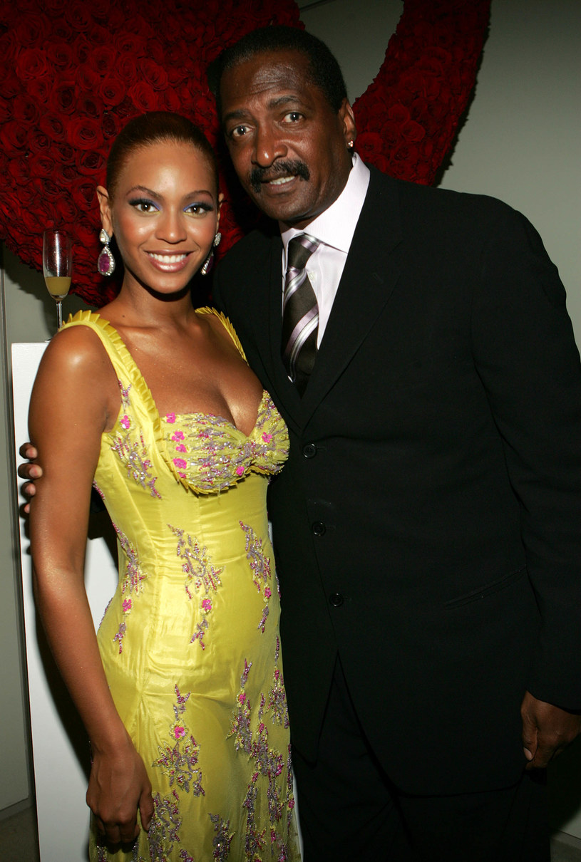 Ojciec Beyonce, Matthew Knowles przyznał, że był w szoku, gdy dowiedział się o bliźniaczej ciąży swojej córki.