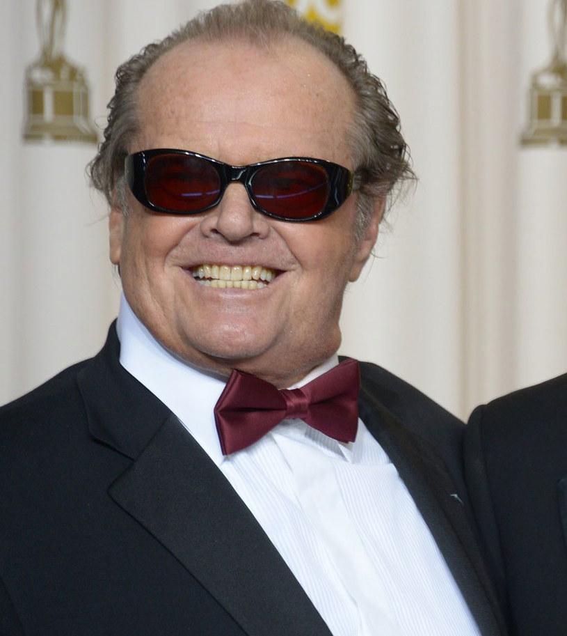 """Jack Nichoslon i Kristen Wiig zagrają główne role w anglojęzycznym remake'u niemieckiego kandydata do Oscara - filmu """"Toni Erdmann"""". Dla Nicholsona będzie to pierwsza kinowa rola od 2010 roku."""