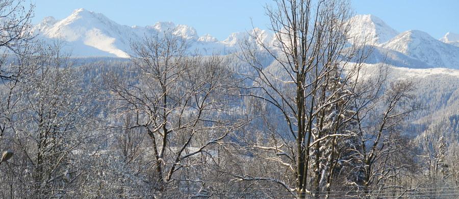 Nie udało się uratować taternika, który w sobotę spadł z Gąsienicowej Turni do Dolinki pod Kołem w Tatrach Wysokich. Mężczyzna zmarł w nocy w szpitalu – poinformował ratownik TOPR Andrzej Marasek.