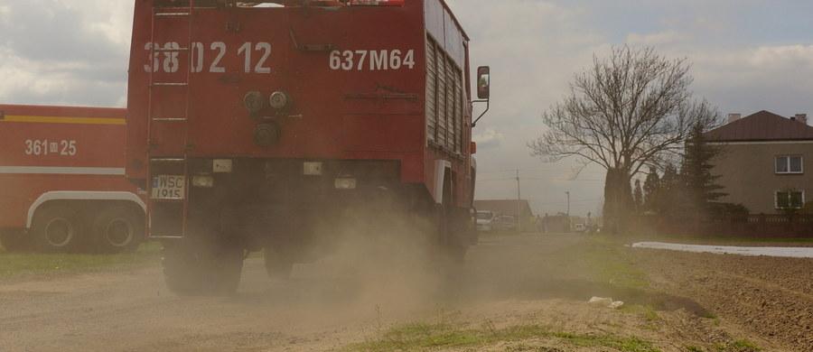 Siedem osób trafiło do szpitala z objawami zatrucia tlenkiem węgla. Do zdarzenia doszło w nocy w Przedmieściu Dubieckim - poinformował Marcin Betleja, rzecznik podkarpackiej straży pożarnej.