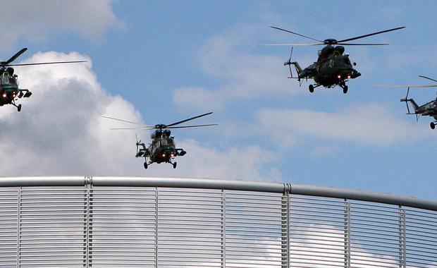 """Jest przetarg na 16 śmigłowców dla polskiej armii: Inspektorat Uzbrojenia ogłosił rozpoczęcie negocjacji z trzema wykonawcami, którzy złożyli wstępne oferty na dostawy tych maszyn dla polskiego wojska. MON chce kupić 8 maszyn dla Wojsk Specjalnych i kolejnych osiem """"do zwalczania okrętów podwodnych z jednoczesną zdolnością do prowadzenia misji ratowniczych na morzu"""". Priorytetem mają być jednak helikoptery dla """"specjalsów""""."""