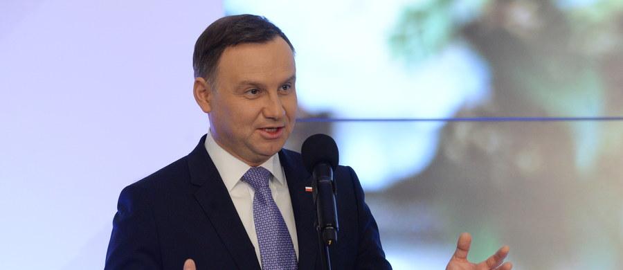 Prezydent Andrzej Duda podpisał nowelizację ustawy o swobodzie działalności gospodarczej. Nowela zakłada, że tworząc prawo będzie się badać wpływ przepisów na mikro, małe i średnie przedsiębiorstwa.