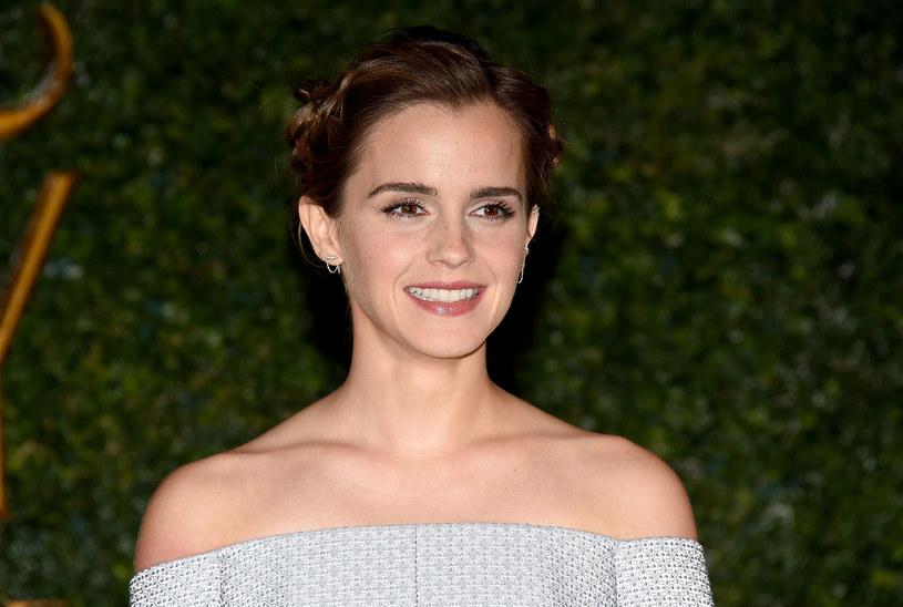"""Brytyjska aktorka Emma Watson, znana z roli Hermiony w serii o Harrym Potterze, która ostatnio zagrała w filmie """"Piękna i bestia"""" zmienia styl ubierania się. Aktorka zdecydowała się nosić wyłącznie ubrania w 100 procentach przyjazne dla środowiska."""