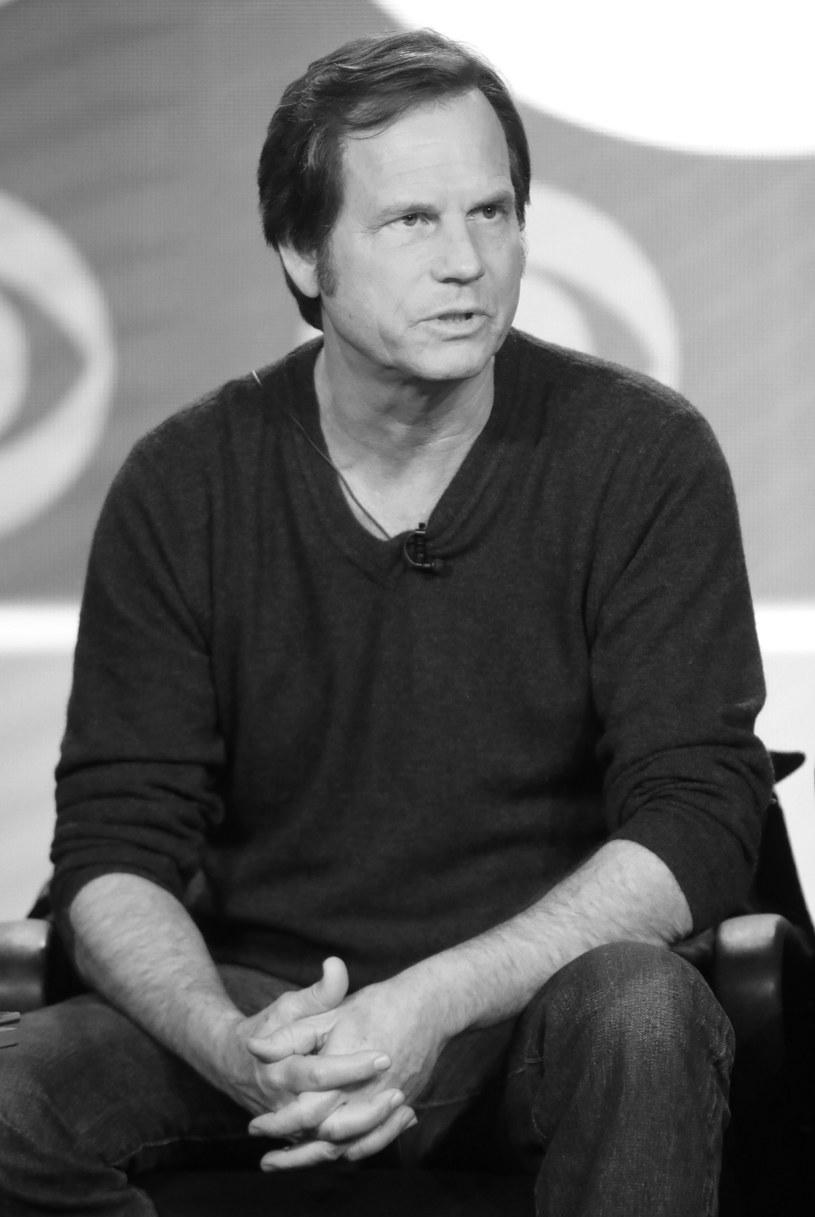 """Nie żyje Bill Paxton, znany amerykański aktor i reżyser, gwiazda takich filmów, jak """"Apollo 13"""", """"Twister"""" i """"Obcy - decydujące starcie"""". Przyczyną śmierci artysty były komplikacje pooperacyjne. Miał 61 lat."""
