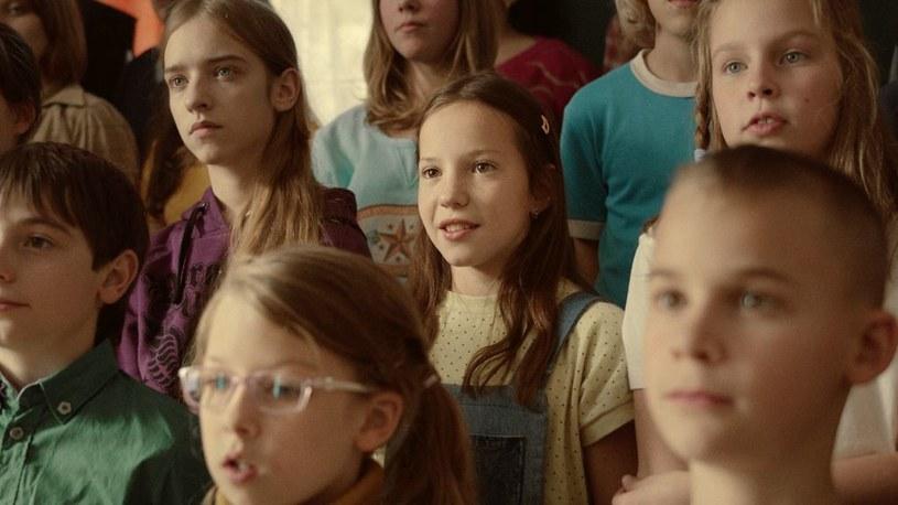 """Uhonorowany nagrodą Amerykańskiej Akademii Filmowej węgierski krótki metraż """"Chórem"""" można już oglądać w HBO GO. Obraz opowiada o szkolnym chórze i jego dobrze skrywanym sekrecie."""